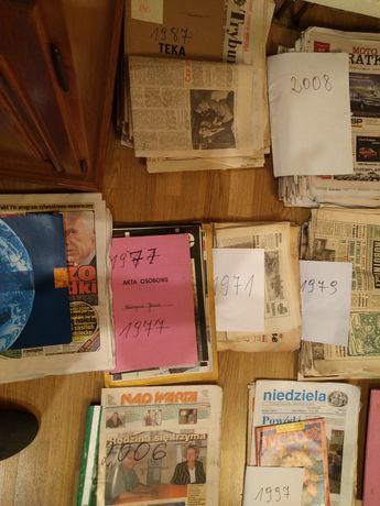 Stare gazety. Różne roczniki