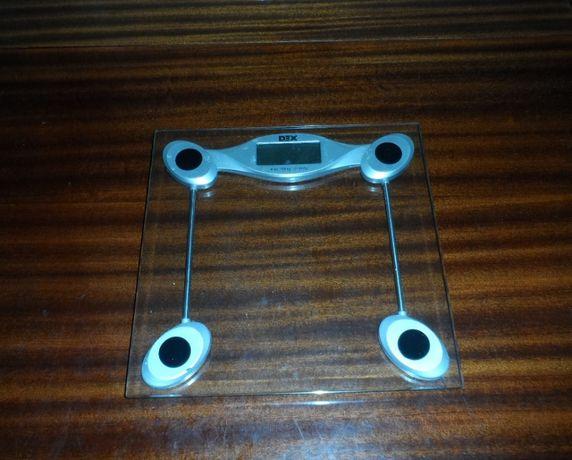 Весы напольные стеклянные электронные до 180 кг