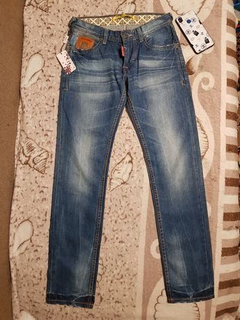 Продам женские джинсы DSquared