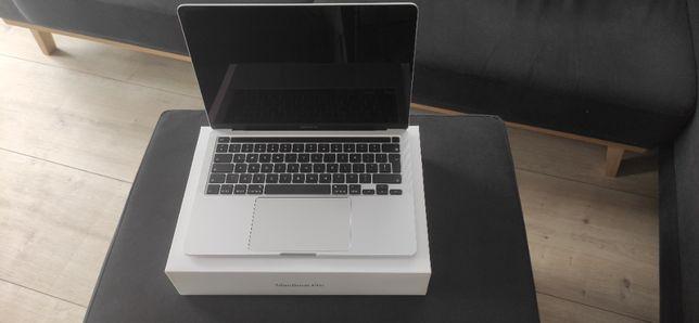 Macbook Pro 13 - 2020 rok - i5 / 16GB ram / 256GB dysk / gwarancja