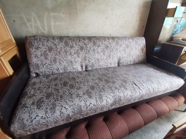 Łóżko/tapczan stare w dobrym stanie