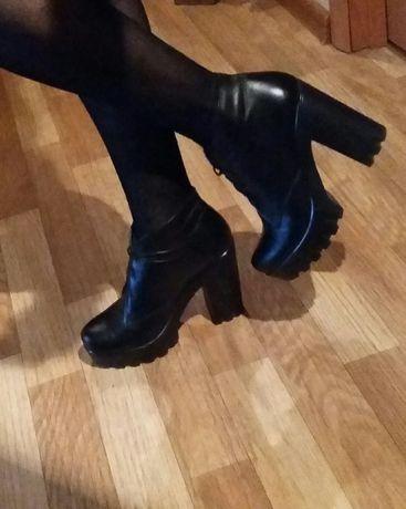Шкіряне взуття (осінь/весна)
