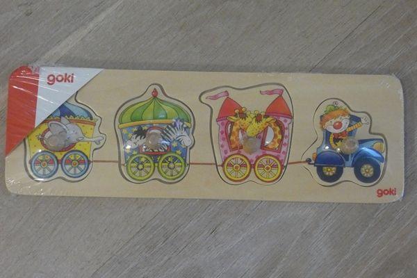 Puzzle dla maluszków z uchwytami firmy Goki