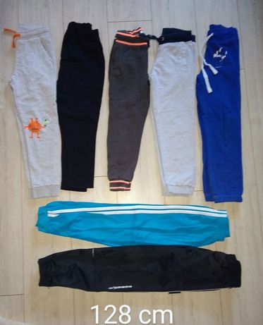 Zestaw spodni 128 cm 7 par