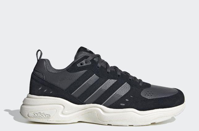 Обувь Adidas Strutter. Есть размеры.