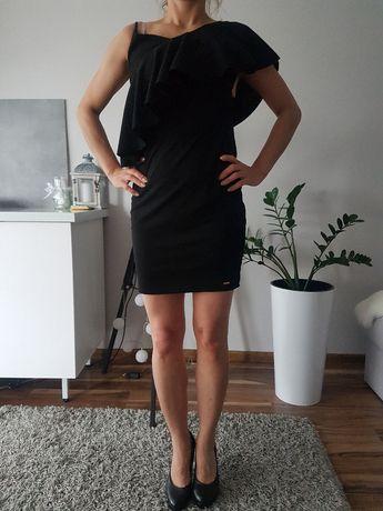 Sukienka mała czarna Mohito z falbaną w stylu hiszpanka, rozmiar S