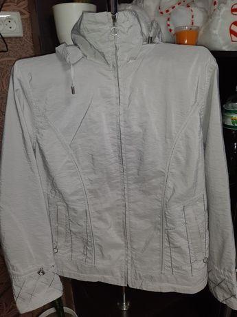 Куртка весенняя серебристая