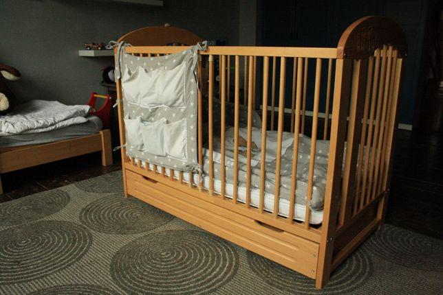 łóżko dziecięce bukowe