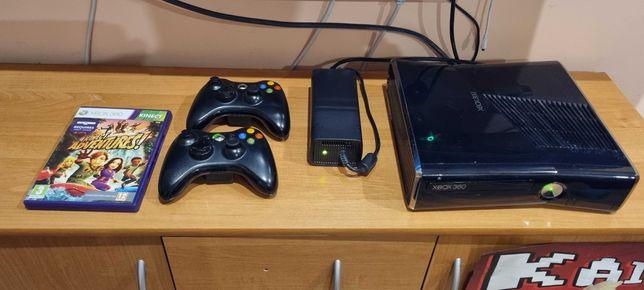 Xbox 360 1T. Komplet 2 pady kinekt zasilacz gry.