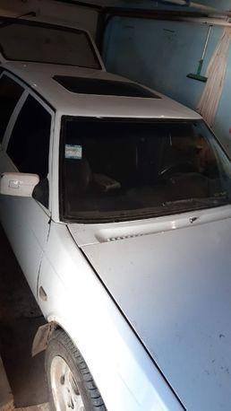 Продам Москвич 2141(Святогор) Белый.Двиг.Рено 2.0 1998г.в.Белый