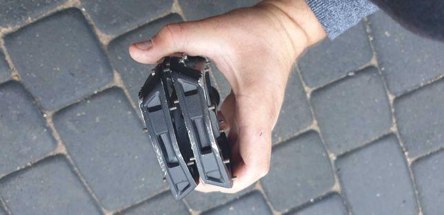 Pedały platformowe  Shimano PD-GR500