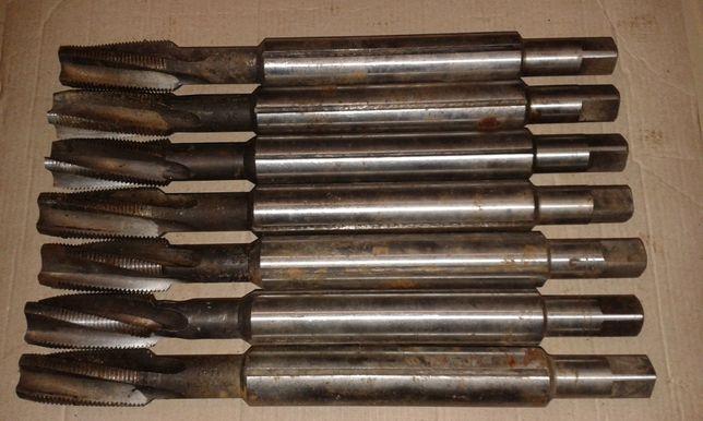 Метчики слесарные 27 Х 2