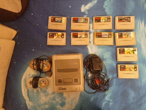 Konsola super nintendo retro + kontrolery oraz gry