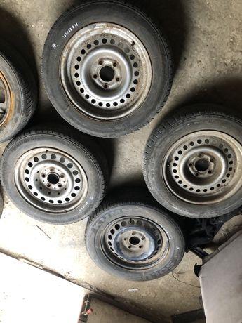 Железные диски р15 на форд скорпио 5/112 в хорошем состоянии