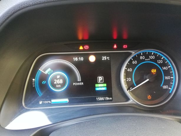 Nissan Leaf 40 Kw com bateria nova - Versão Tekna