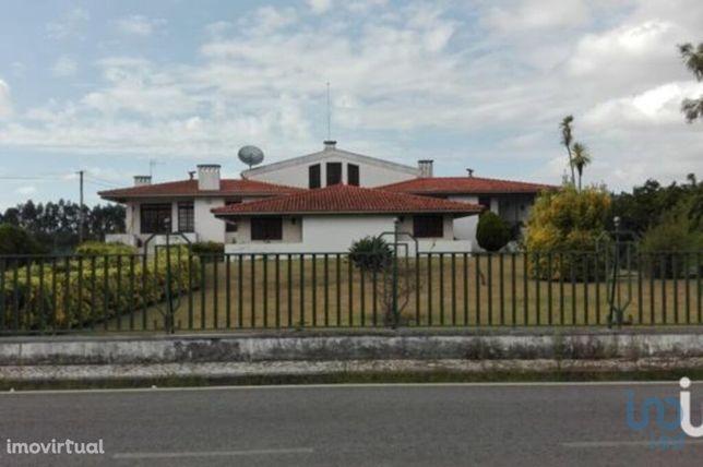Moradia - 403 m² - T6