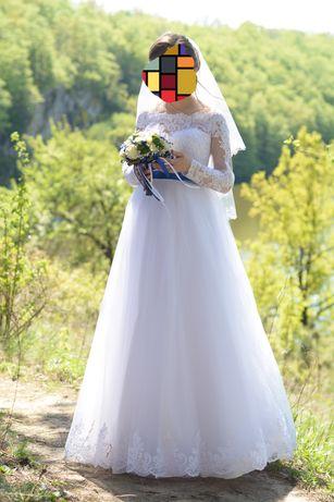 Свадебное платье с высоким корсетом (для беременных)