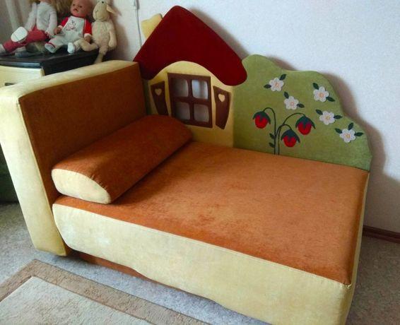 Продам детский раскладной диван
