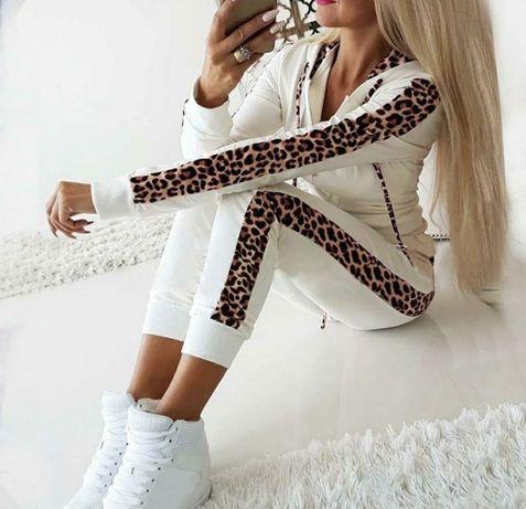 Костюм спортивный белый леопард лёгкий летний