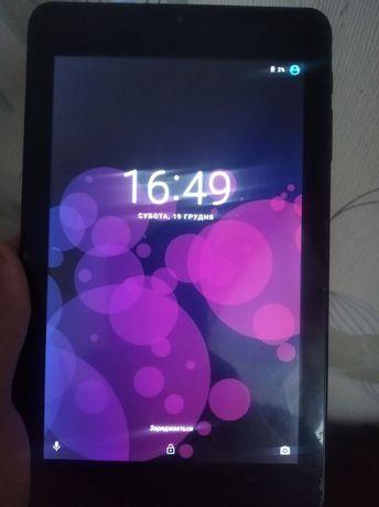 Продам планшет iview 744TPC plus