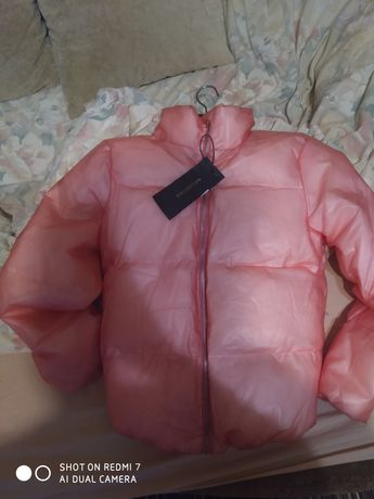 Нова зимова куртка коротка