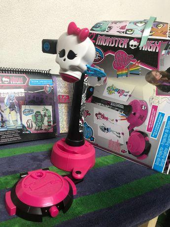 Projetor de desenho Monster High