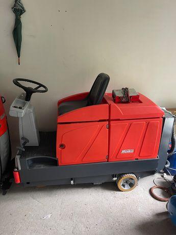 Maszyna Hako Scrubmaster B 140R 953godziny pracy 17900netto