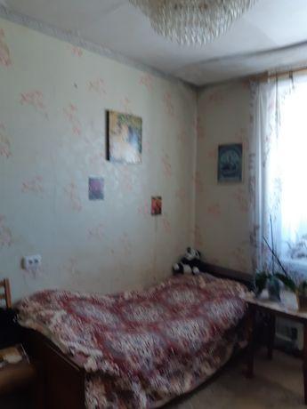 Продается квартира 2 комнатна