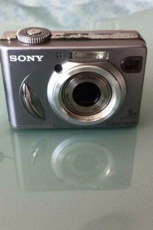 Máquina Fotográfica Sony Cyber-shot 5.1 megapixels