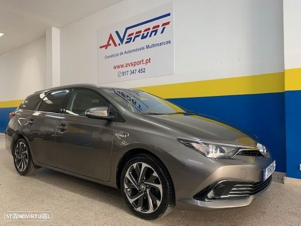 Toyota Auris Touring Sports 1.8 HSD Comfort +P.Sport+Navi