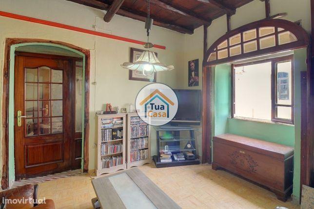 Moradia T4 com Quintal em São Marcos da Serra - Silves