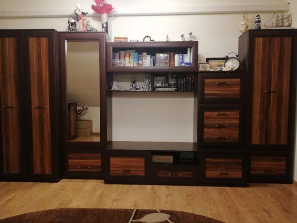 meble pokojowe (meblościanka,szafa,komoda,ława+fotele)