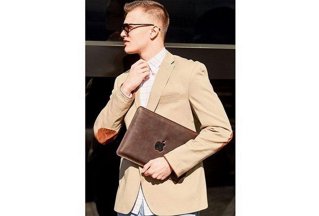 Кожаный чехол MACBOOK AIR/PRO13''/PRO 15''-16'' темно-коричневый
