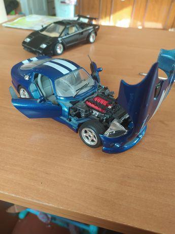 Viper Dodge - GTS coupe 1/24 Коллекционная машинка