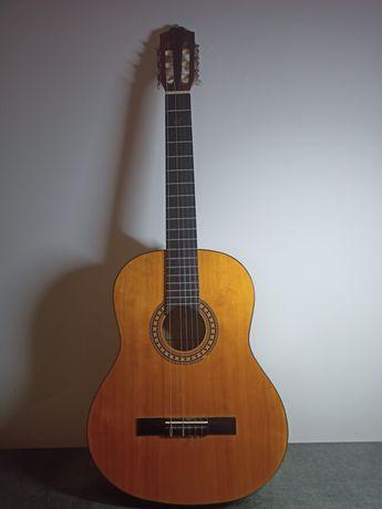 Gitara.
