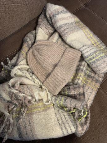 Набор зимняя шапка с шарфом