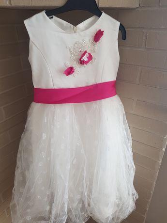 Sukienka roz 122