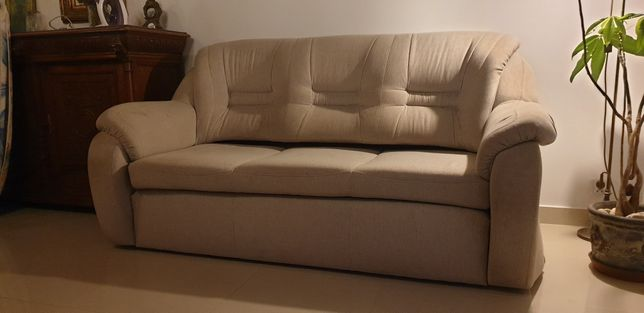 Sofa rozkładana plus dwa fotele