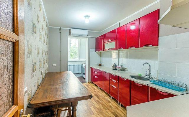 Квартира в Южном, 4-отдельных комнаты, ул. Приморская 19. Вид на море.