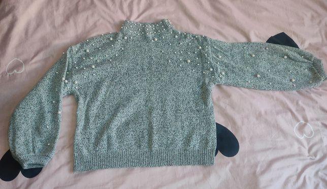 Krótki sweterek pół golf