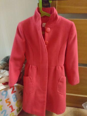 Продам элегантное приталенное пальто весна-осень ТМ Лукас
