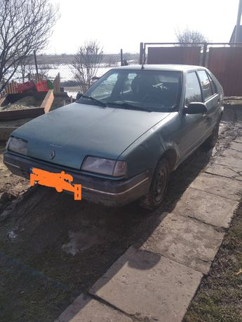 Продаю машину по запчастинам)))