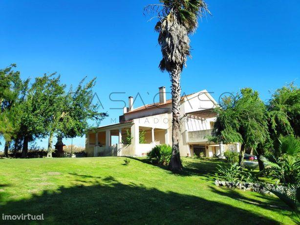 Vista panorâmica para a Serra dos Moínhos/Palmela, Quinta com moradia