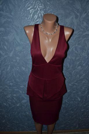 Женское фирменное платье цвета марсал