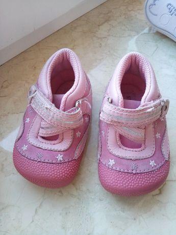 Кроссовки на девочку, кеды, ботинки