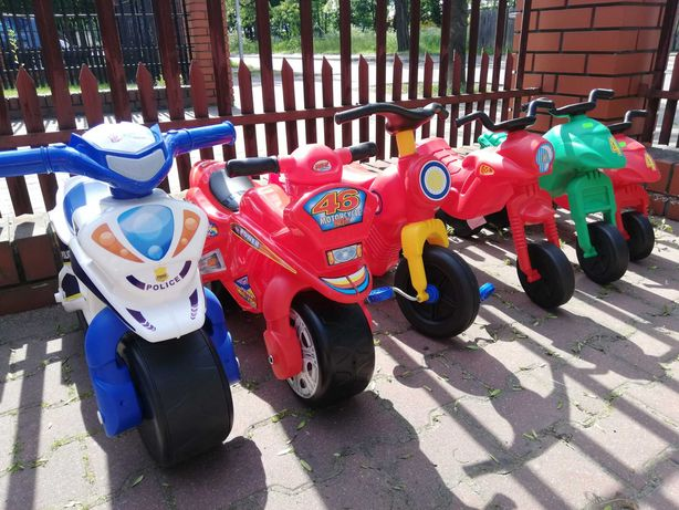 Pojazdy biegowe na pedały Motorki Traktorki Rowerki Quady Koparki