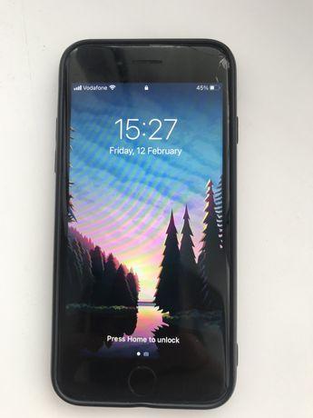 Продам IPhone 8/64