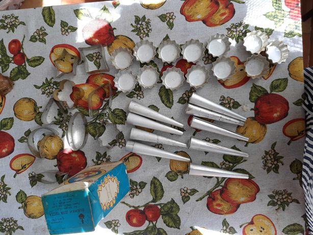 Выемки для теста формочки для выпекания пирожных трубочек кексов ссср