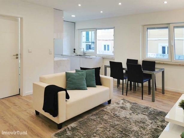 Apartamento T1 totalmente remodelado e equipado no Dafundo