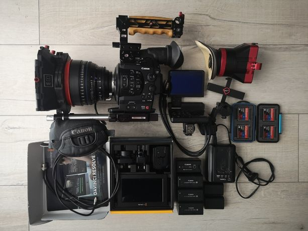 Kamera filmowa CANON EOS C300
